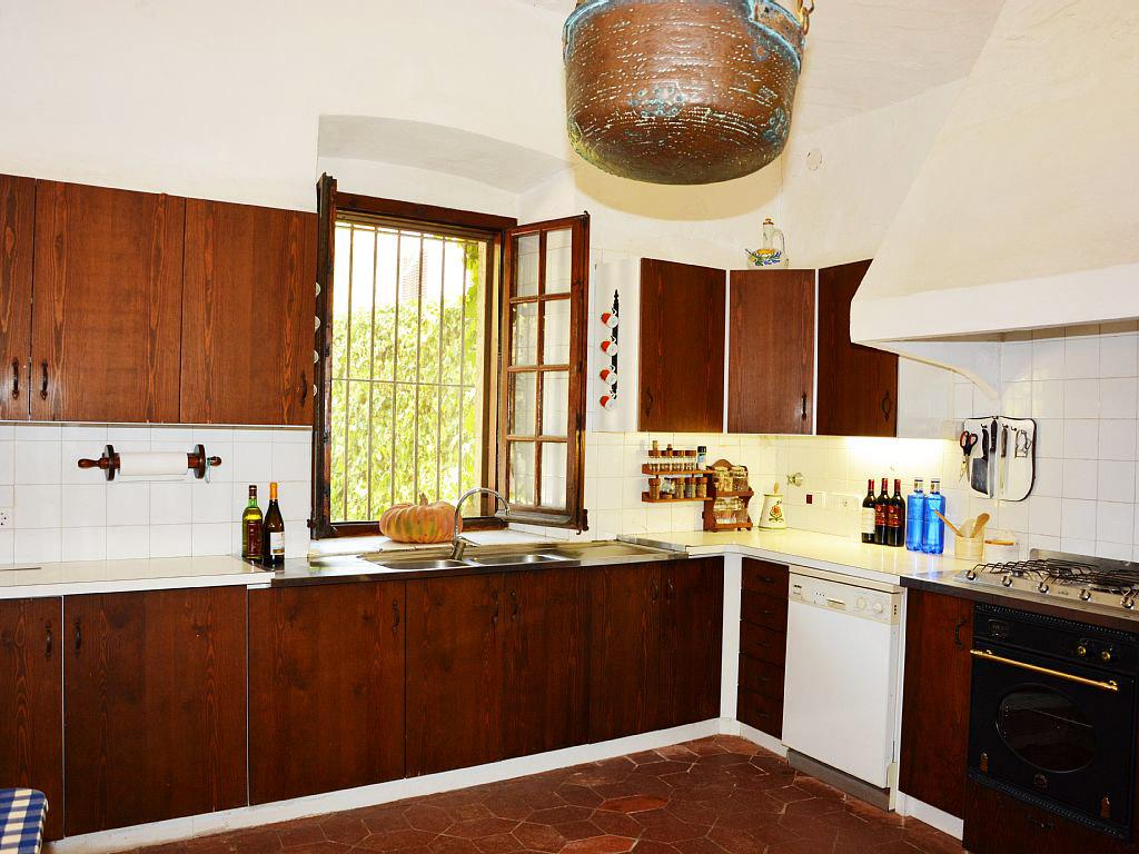 Spanish Farmhouse With Kitchen Views To The Garden