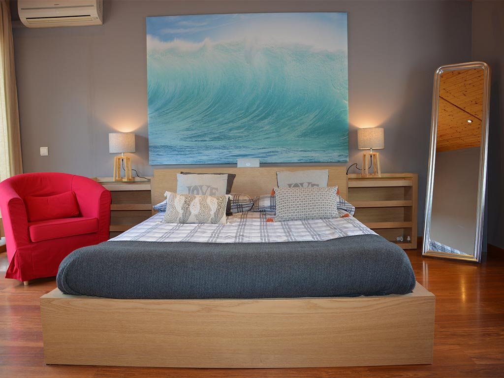 holiday villas in sitges and their main suite