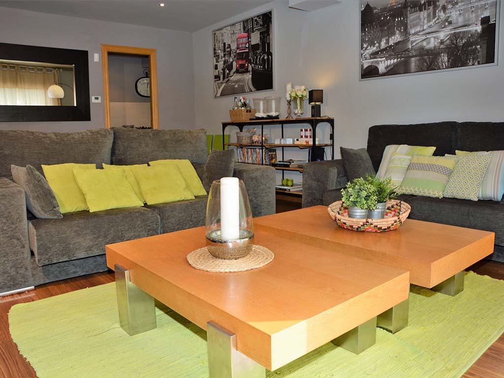 Holiday villas in Sitges salon