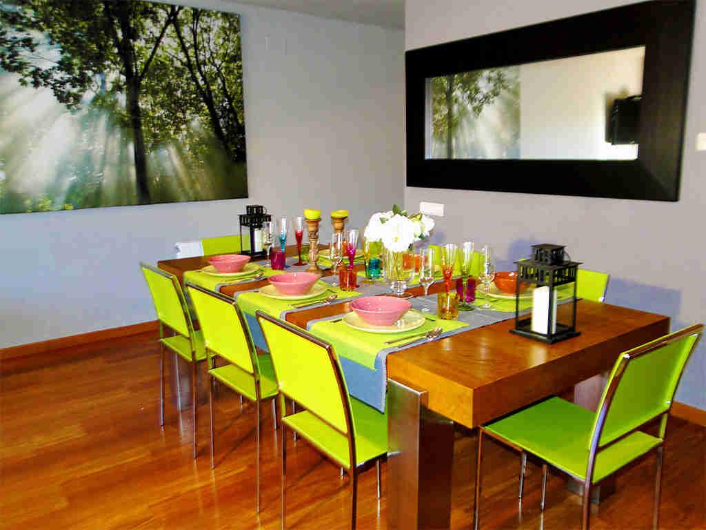 Location de villa à sitges: salle à manger avec 8 places