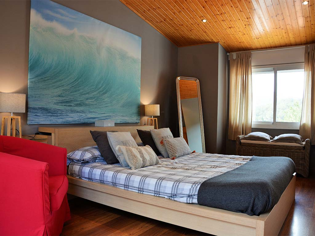 Holiday villas in Sitges and the Main Suite
