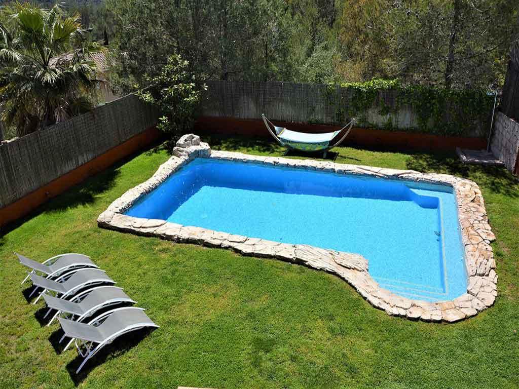 location de villa à sitges avec piscine.