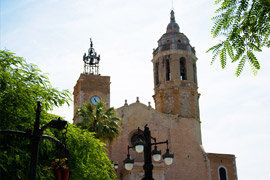 Sitges holiday rentals agency WeeklyVillas