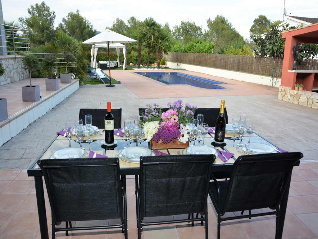 villa in Sitges with external dinning room.