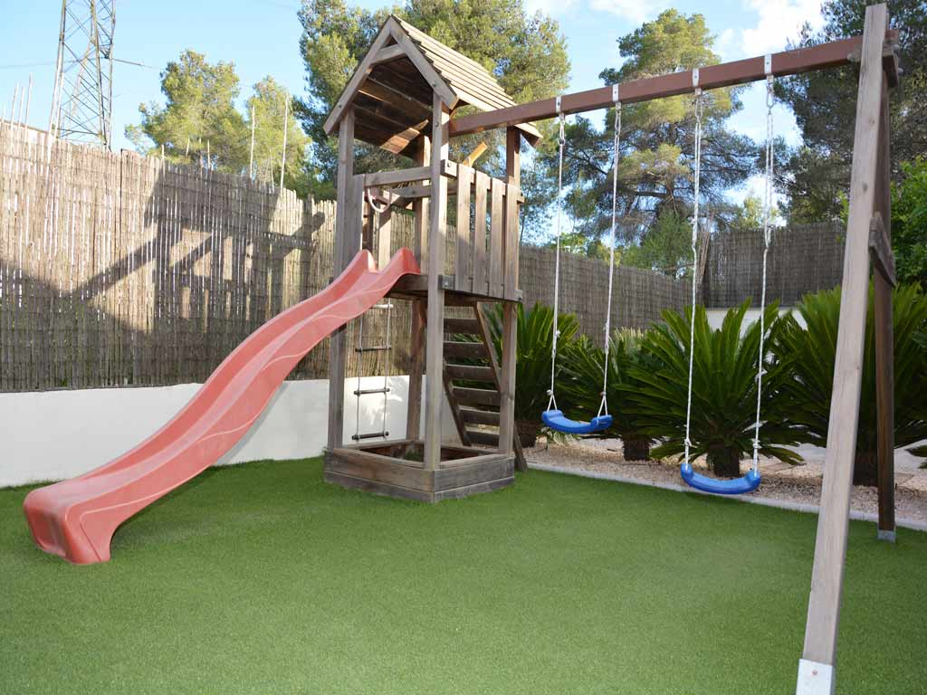 villa in Sitges with playground for children.