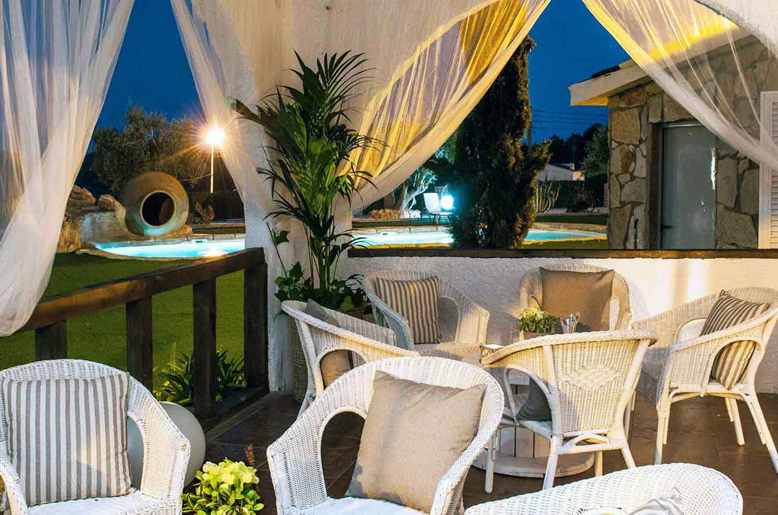 Sitges villa with pool