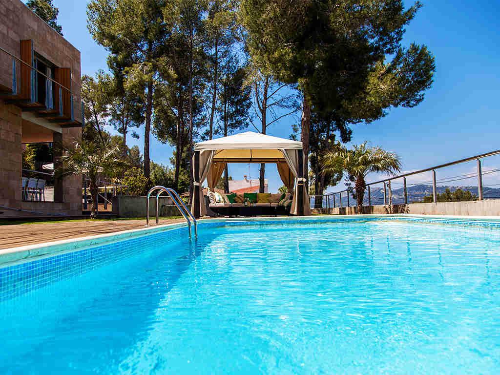 Villa à Barcelone avec piscine: grande piscine