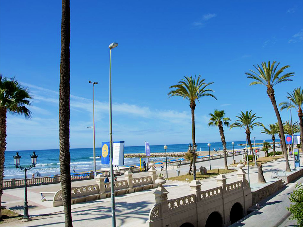 apartment for holiday in sitges and its views