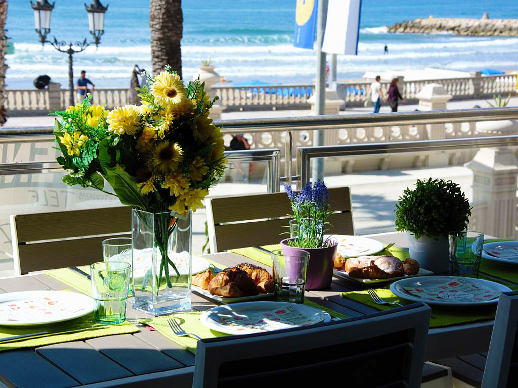 apartment for holiday in sitges and its breakfast with views