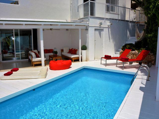 mediterranean villa and its blue pool