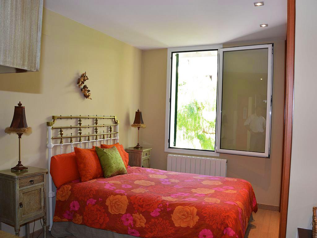 Appartement à louer à Sitges: chambre double avec salle de bain