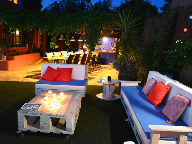 vacation home in sitges and its chill-out by night