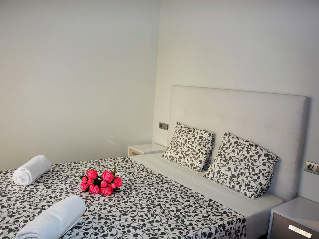 apartment for holiday in sitges and its main suite