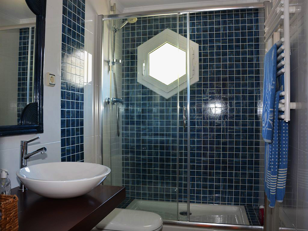 shower of one of our holiday apartments in sitges