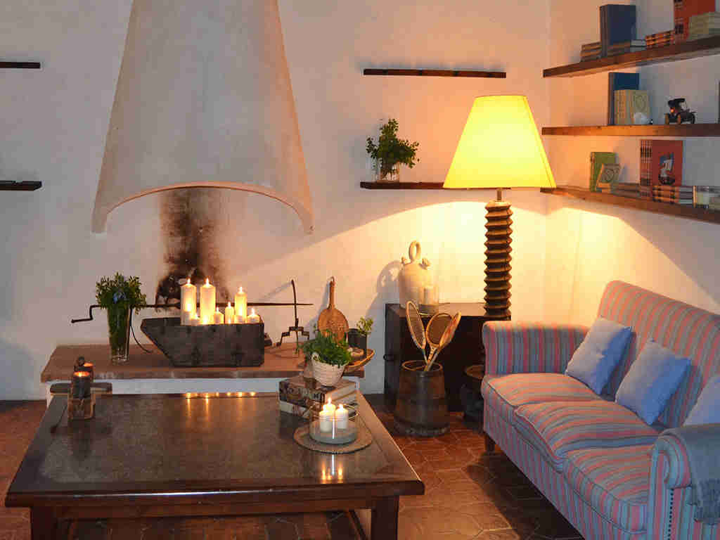 la casa rural en sitges y su acogedora sala de estar