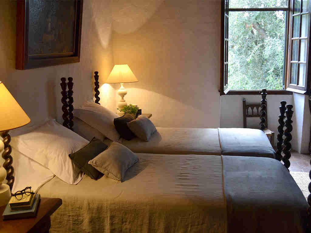 dormitorio 5 de la casa rural en sitges