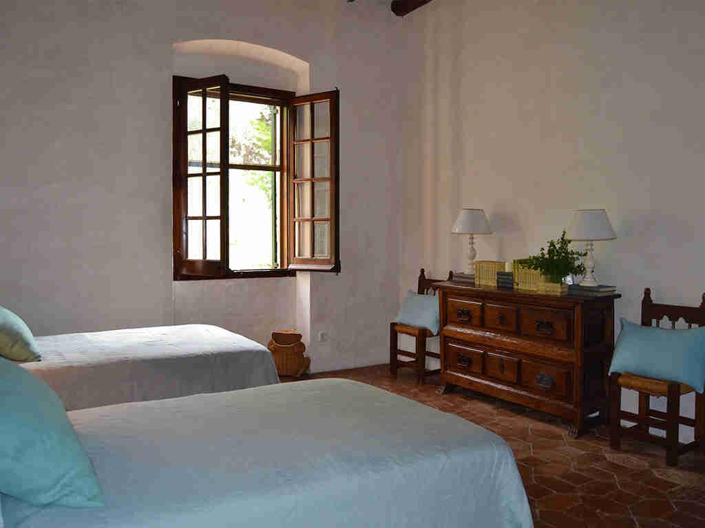 casa rural en sitges con dormitorio para dos personas