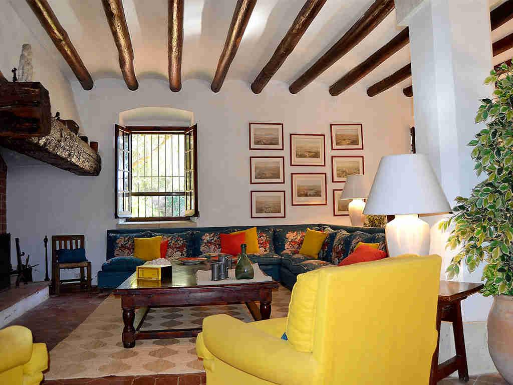 Location de maison de vacances à barcelone grand salon