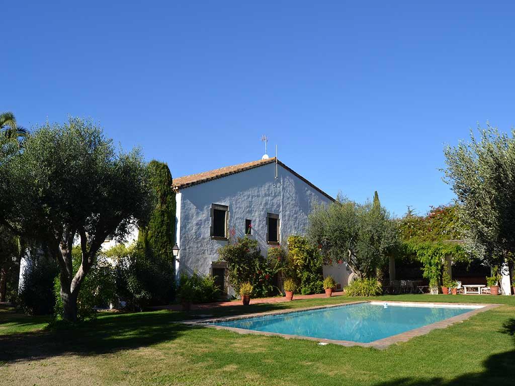 Location de maison de vacances à Barcelone: grand jardin et piscine