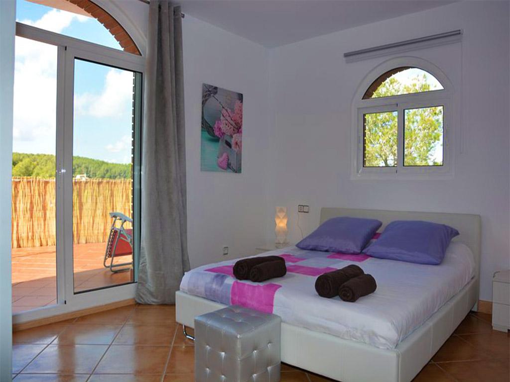 Location de vacances à barcelone: chambre pour deux avec lit double