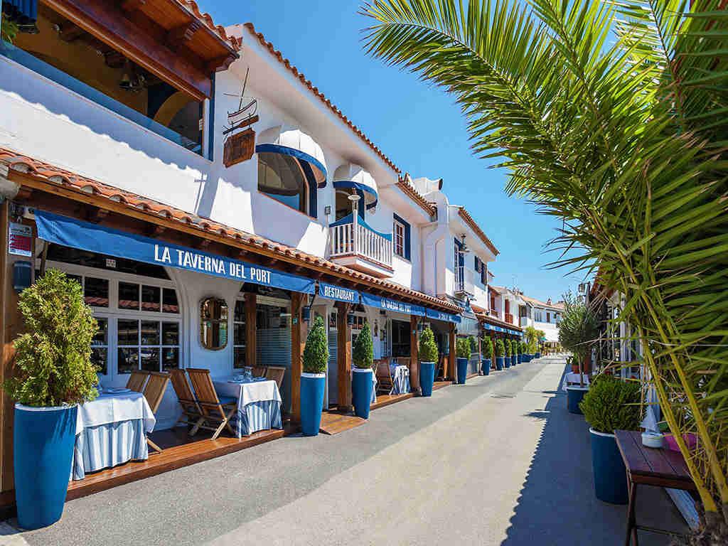 Port d'Aiguadolç : La taberna del puerto