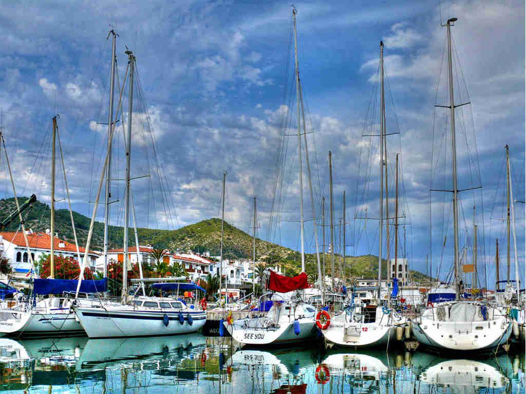 Port d'Aiguadolç: port très complet