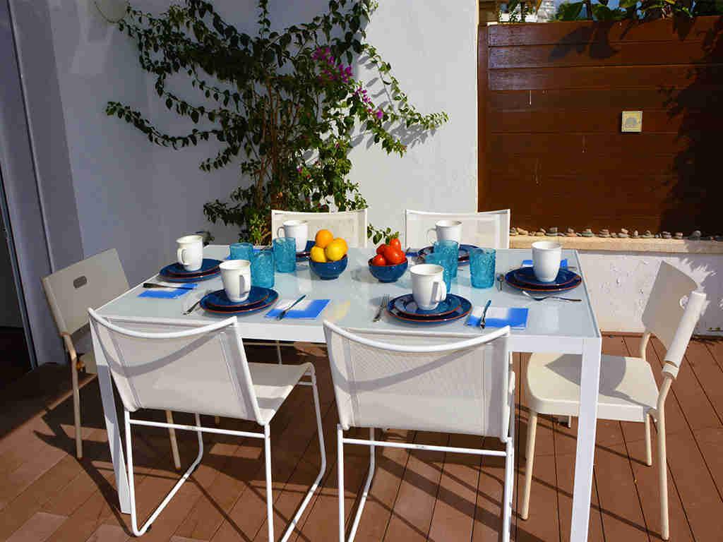 Salle à manger extérieure: Location d'appartement à Sitges