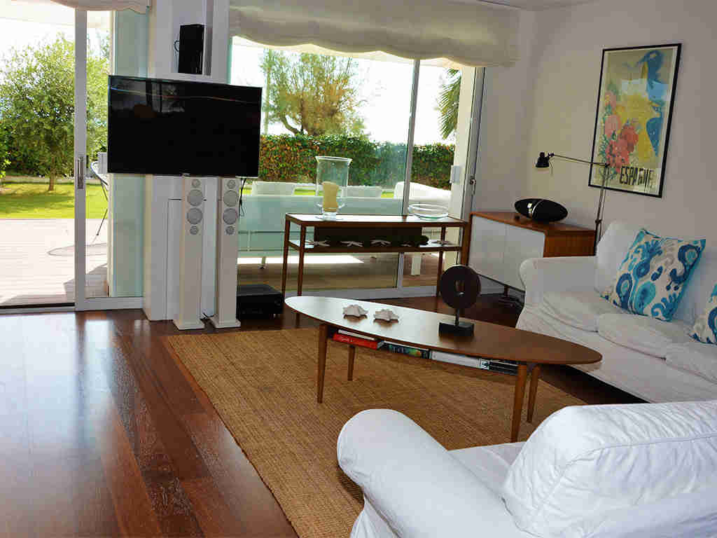 sitges apartments with pool and cosy lounge