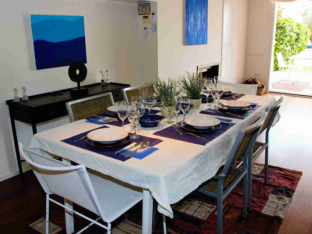 sitges apartments with pool and dining room for 8