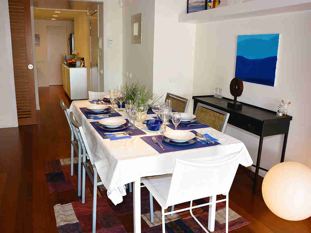 Location d'appartement à Sitges: salle à manger pour 8