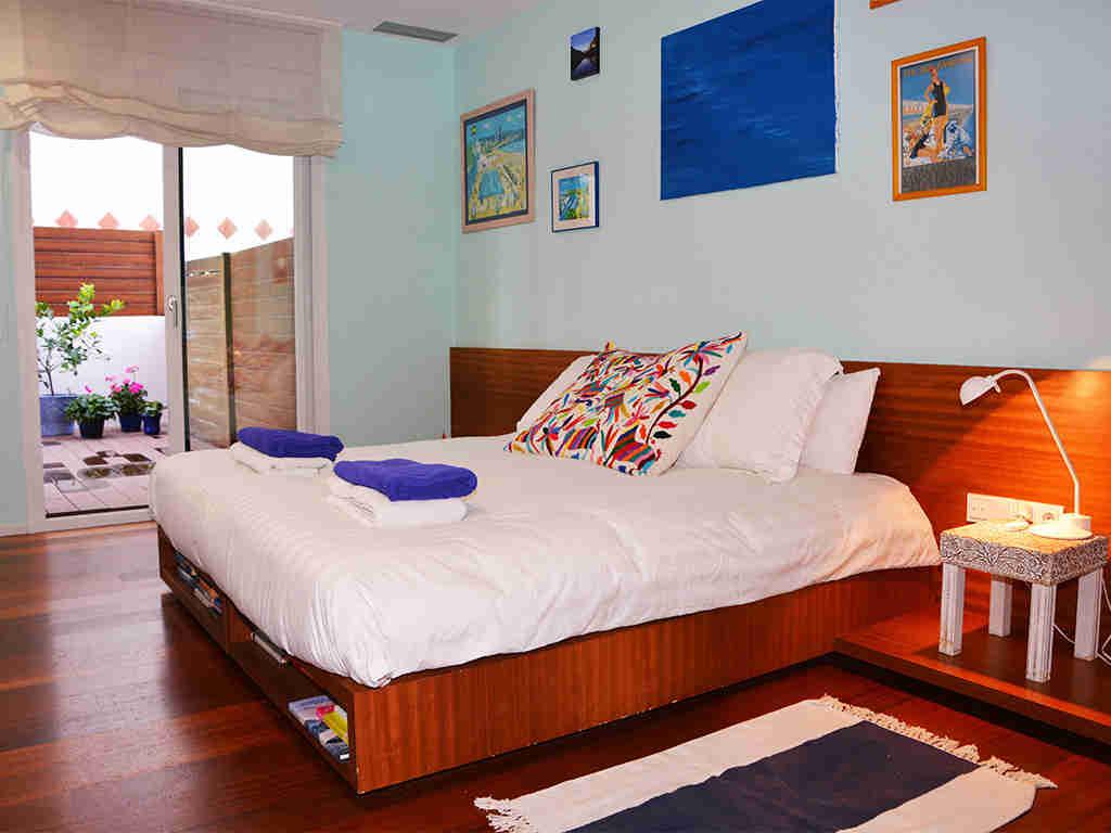 apartamentos vacacionales en sitges con suite matrimonial