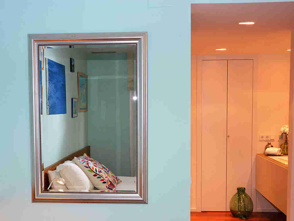 apartamentos vacacionales en sitges con una bonita suite matrimonial