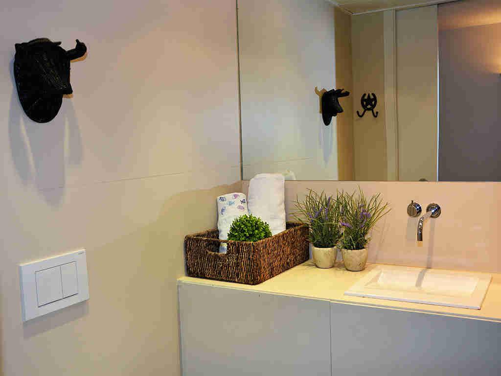 Location d'appartement à Sitges: salle de bain