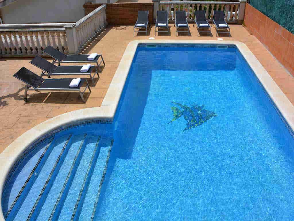 Villa en Sitges con piscina.