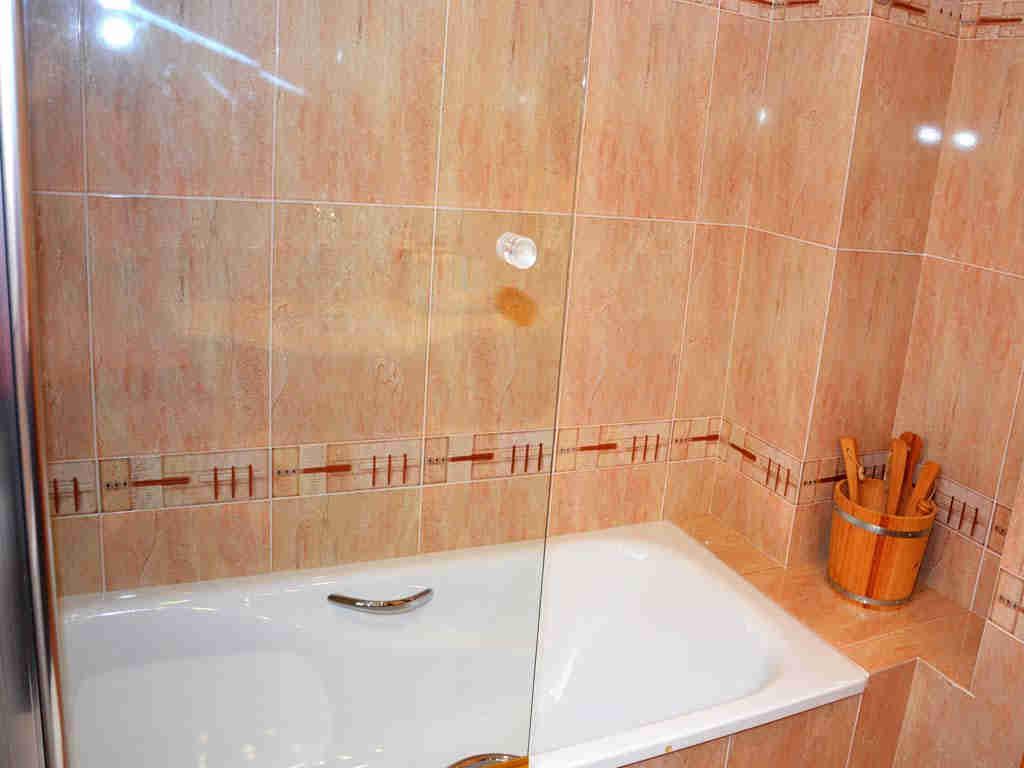 sitges villa with bath.