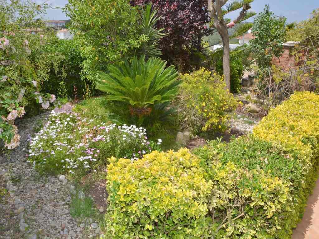 sitges villa with garden.