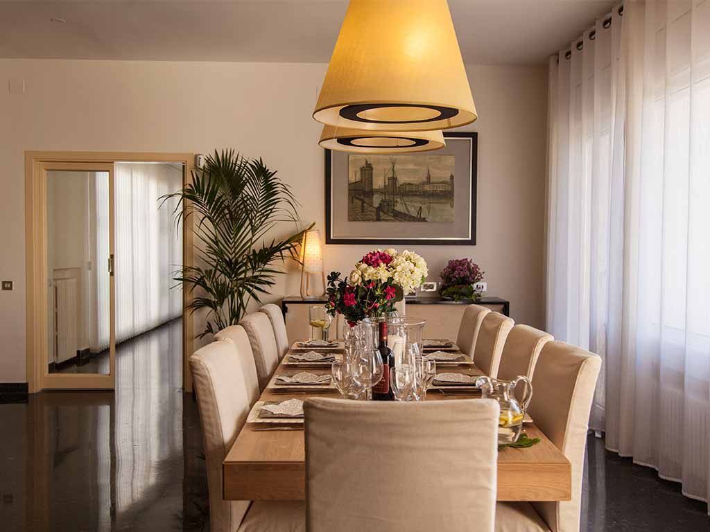 Sitges luxury villas indoor dining room
