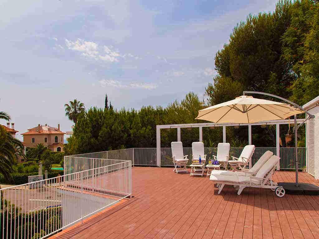 Villa vacacional en Sitges: solarium