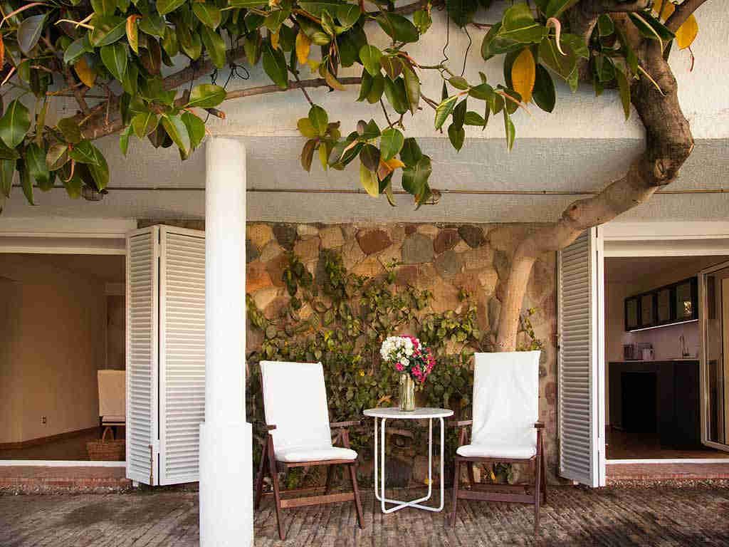 Villa vacacional en Sitges: rincón para charlar