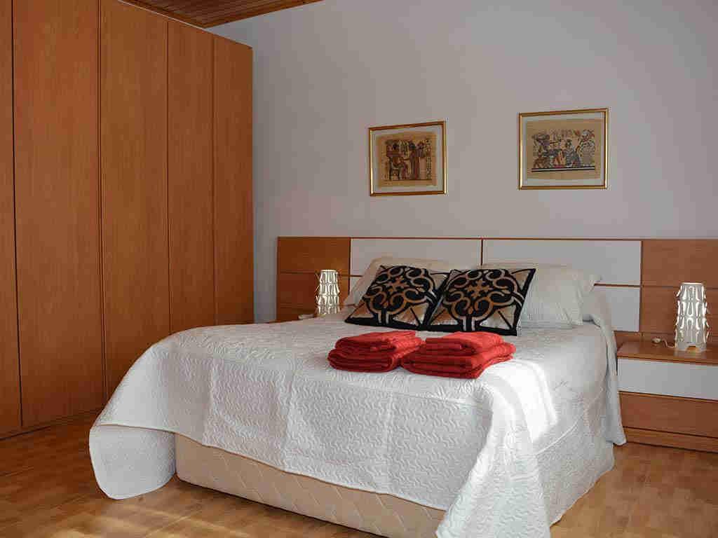 Primer dormitorio de la Casa de vacaciones en Sitges