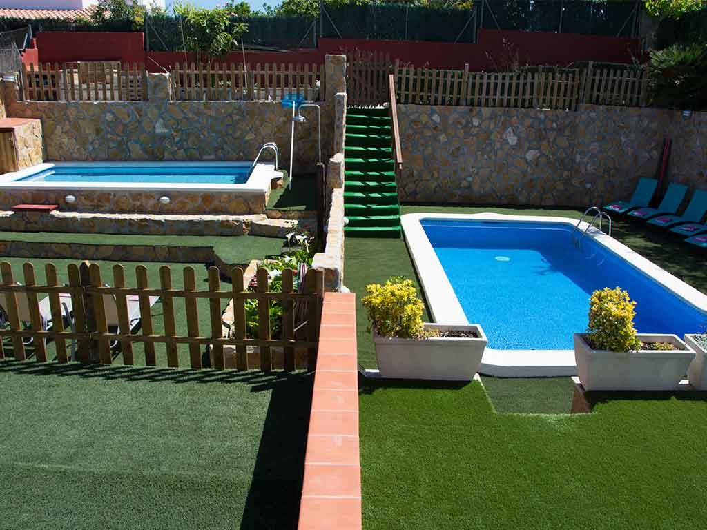 Sitges villa with 2 pools. Garden.