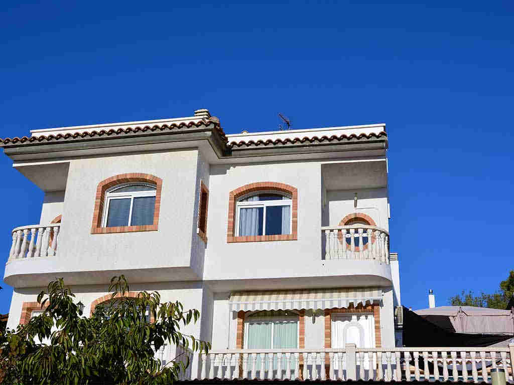 Sitges villa with 2 pools. Holiday summer house.