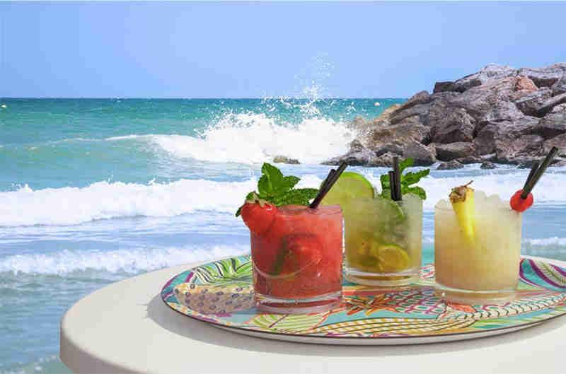 Sausalito Bar Sitges Beach