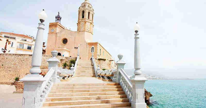 Casco antiguo de Sitges: historia y cultura en el mediterráneo