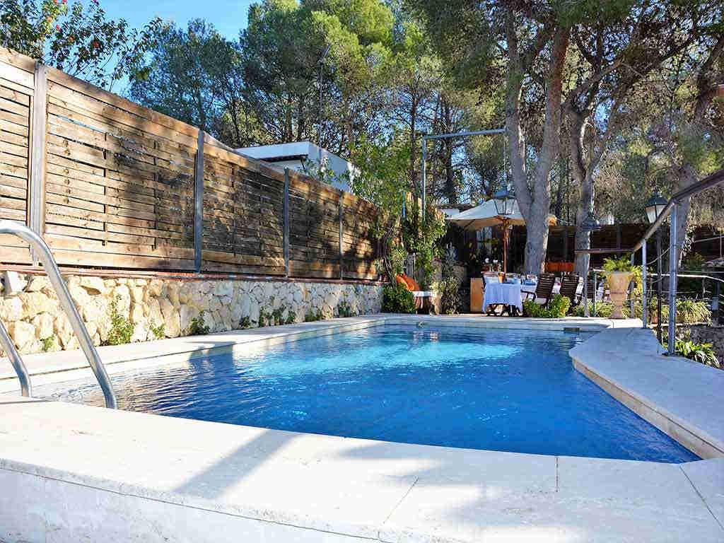 Casa de vacaciones con piscina privada en Sitges: Villa Verde