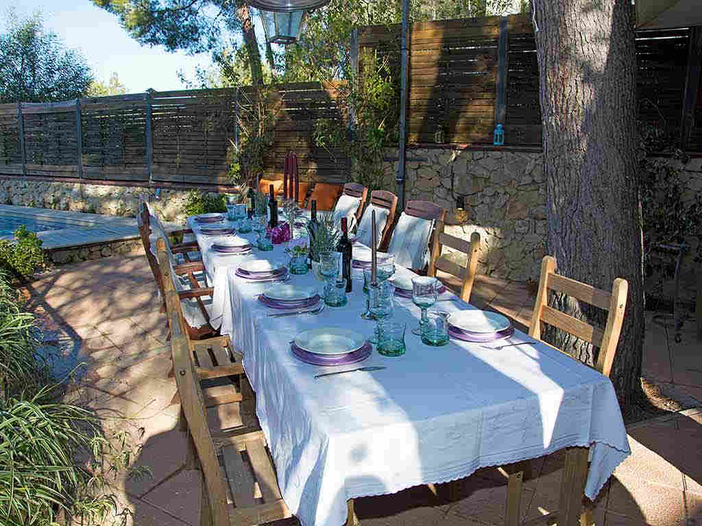 Villa de vacances à Sitges: salle à manger extérieure