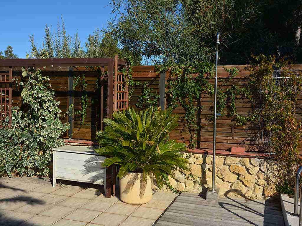 Villa de vacances à Sitges: douche extérieure
