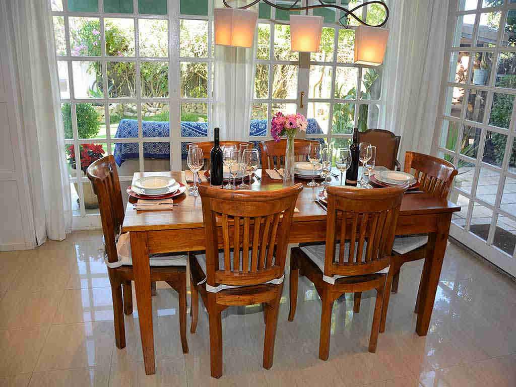 Villa de vacances à Sitges: salle à manger intérieure