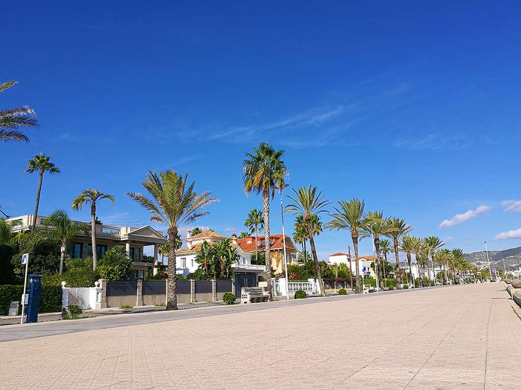 Villa de vacances à Sitges proche de Barcelone: promenade sitges