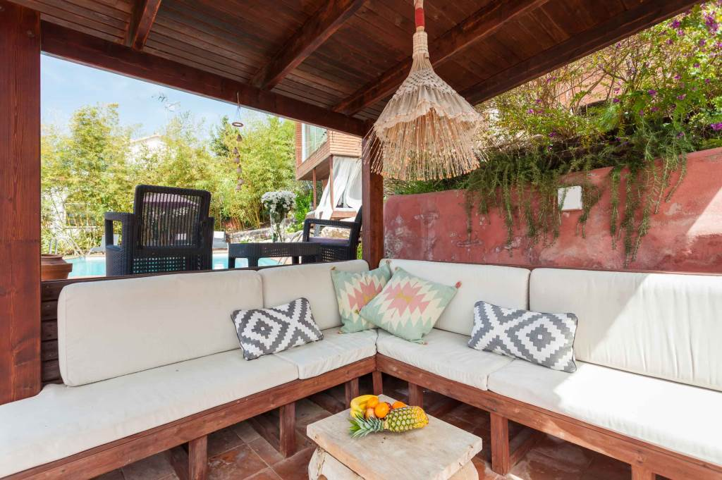 Villa Sitges Mariposa chill out exterior